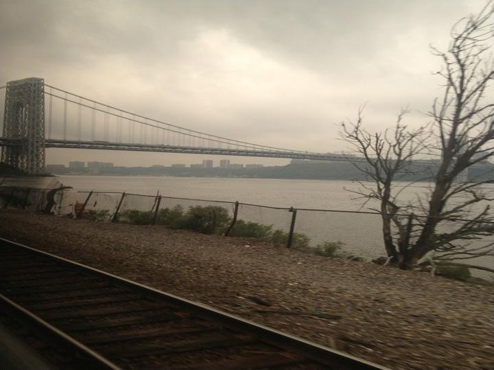 Hudson-River-rails-river-city